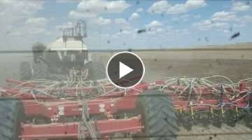 Fendt 1050 pulling 68ft Bourgault Drill
